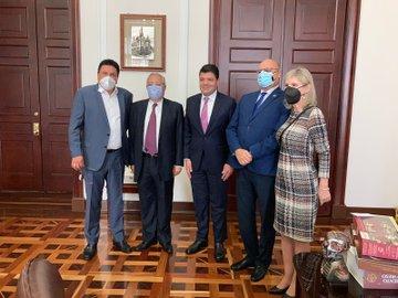 Presidente del Senado recibió visitas de diputados venezolanos y diplomático de Rusia